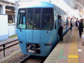 ロマンスカー・MSE(60000形)貫通型先頭車_640.jpg