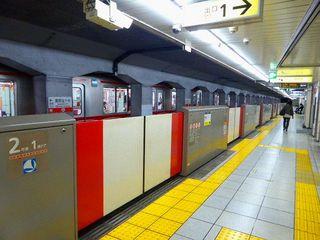 地下鉄・ホームドア2_640杉並区.jpg