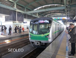 千代田線直通急行16000系16018F_640.jpg