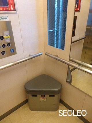 エレベーターチェア2_640.jpg