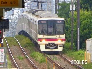 京王線・8000系電車_640.jpg