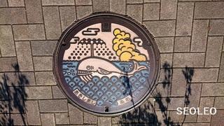 昭島市のマンホール11_640.jpg